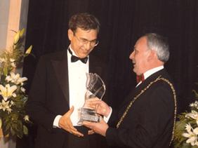 winner2003.jpg